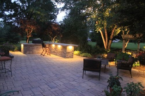 Hardscape-patio-accent-lighting