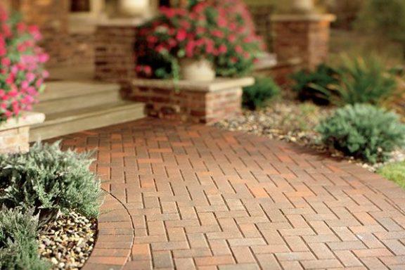 Как тротуарная плитка может украсить ваш двор?