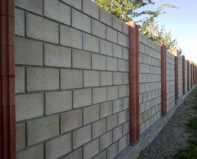 Преимущество заборов из бетонных блоков