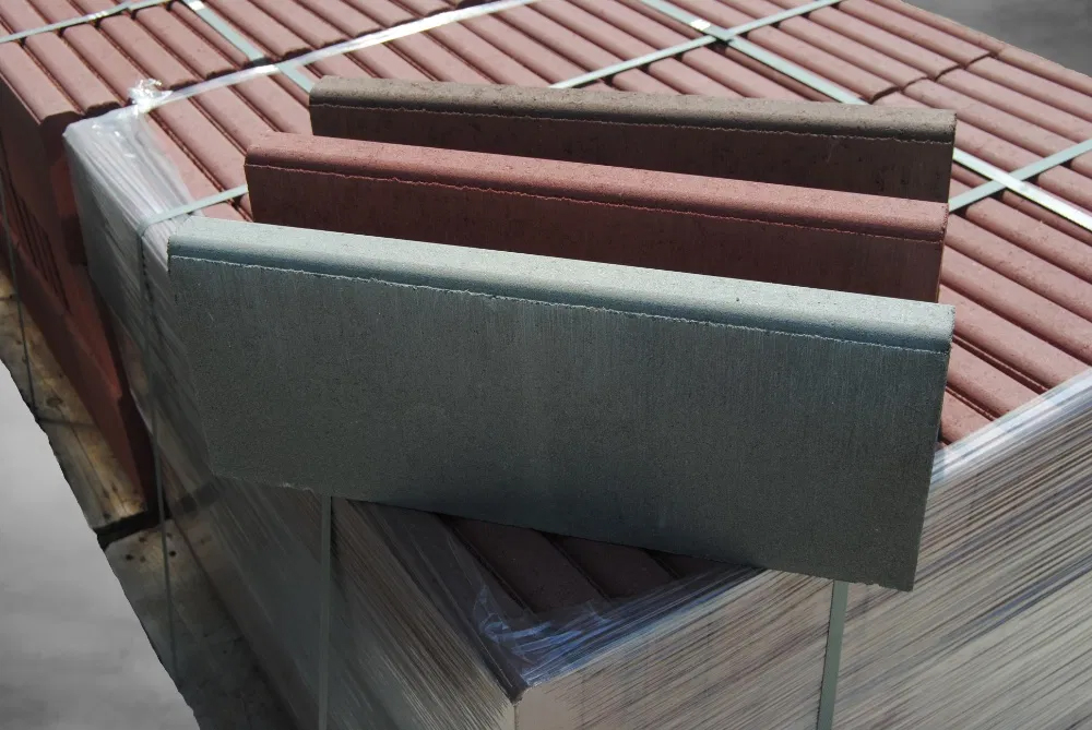Бордюр з бетону